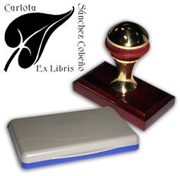 Ex Libris Modelo 25 - Ex Libris modelo 25 , incluye el mango de madera caoba y latón pulido, tamaño 62 x 38 mm, almohadilla y bolsa limosnera.