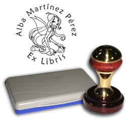 Ex Libris Modelo 50 - Ex Libris modelo 50 , incluye el mango de madera caoba y latón pulido, tamaño 40 mm de diametro, almohadilla y bolsa limosnera.