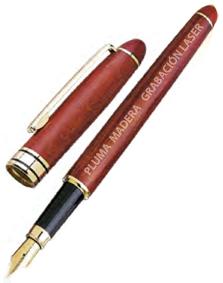 Pluma Madera MMBPD - Pluma de madera con capuchón y terminaciones doradas. En el precio incluye una grabación laser en el bolígrafo.
